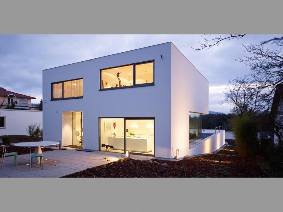 Puristische Villa   netzwerkarchitekten, Darmstadt   Darmstadt   Privater Bauherr   Hochbau   Dr. Kreutz+Partner - Beratende Ingenieure