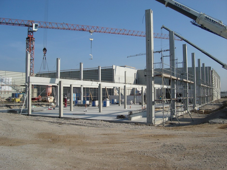 Dauerlaufprüfzentrum Bettina |  | Brehna | FEV Motorentechnik GmbH, Aachen | Industriebau | Dr. Kreutz+Partner - Beratende Ingenieure
