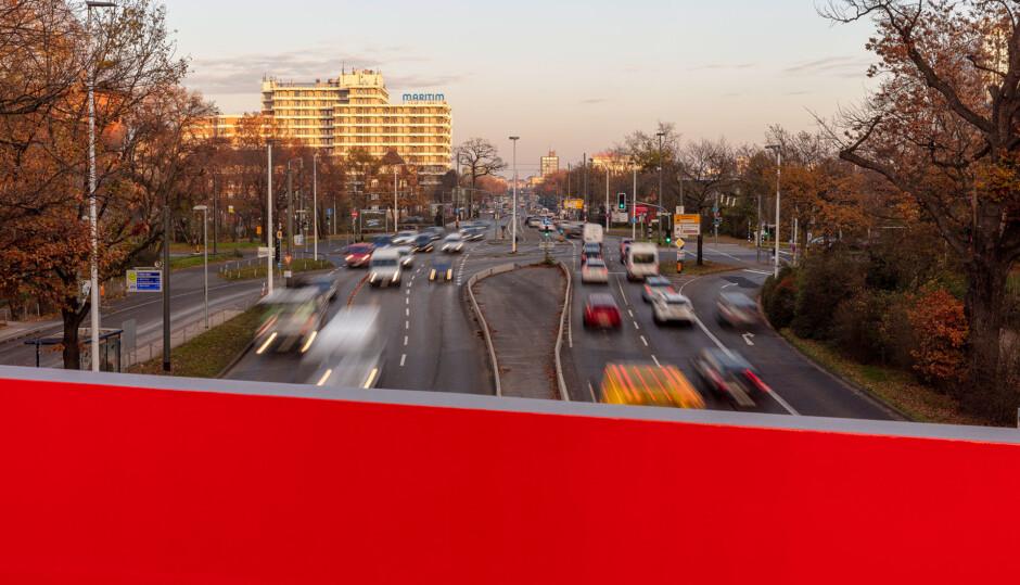Fuß- und Radwegbrücke am Mozartturm | ARGE netzwerkarchitekten, Darmstadt / Tragraum Ingenieure | Darmstadt | Stadt Darmstadt, Straßenverkehrsamt | Wettbewerbe, Brücken | Dr. Kreutz+Partner - Beratende Ingenieure