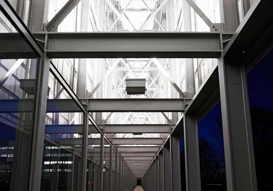 Lärmschutzwand GDC | netzwerkarchitekten, Darmstadt | Niedernberg | netzwerkarchitekten, Darmstadt | Sonderbau | Dr. Kreutz+Partner - Beratende Ingenieure