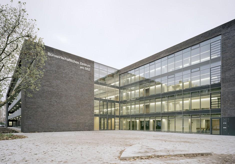 Berufliche Schule B14 | Architekten Michel + Wolf + Partner, Stuttgart | Nürnberg | Stadt Nürnberg | Hochbau | Dr. Kreutz+Partner - Beratende Ingenieure